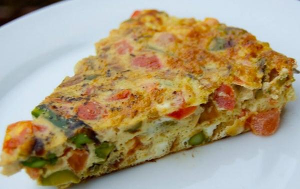 عجة الخضراوات والجبن