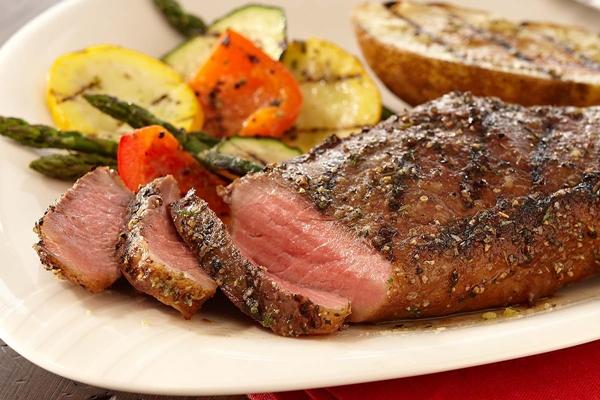 ستيك اللحم مع شرائح الزبدة والخضار المشكل - وصفات أكل عربيه