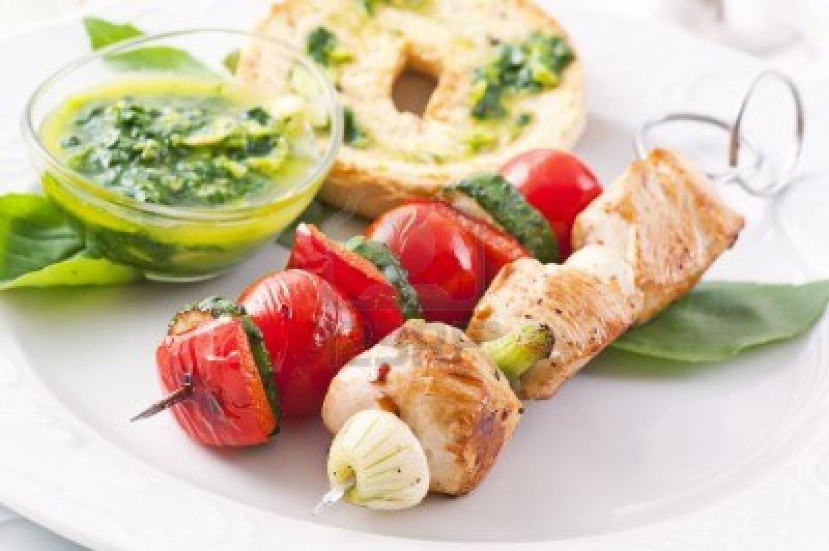 10375891-grilled-chicken-and-vegetable-skewer-with-pesto