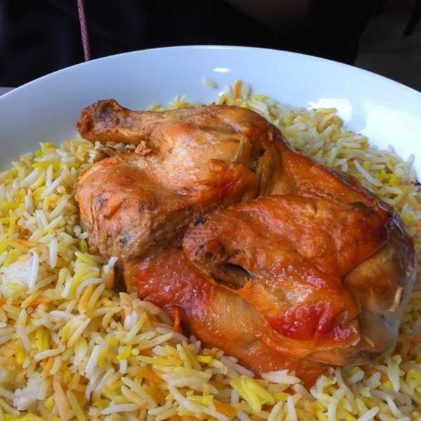 مندى الدجاج بالأرز والزعفران - وصفات أكل عربيه