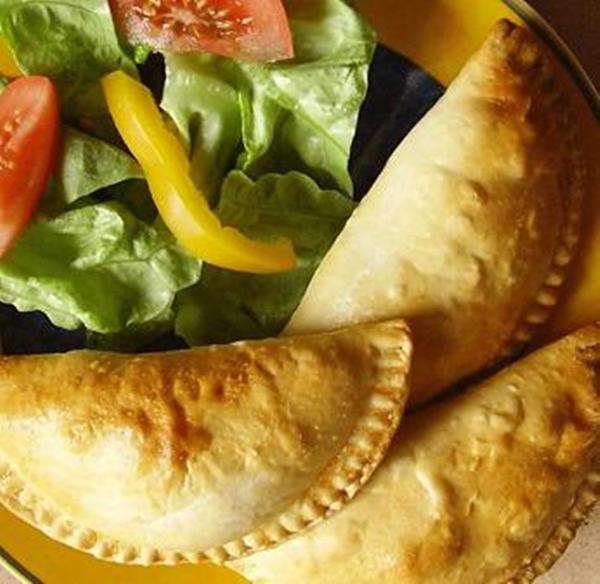 الفطائر المقلية بحشو الجبن الذائبة - وصفات أكل عربيه