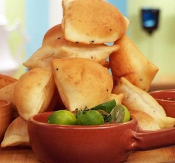 الخبز المقلى بالزبادى وحبة البركة - وصفات أكل عربيه