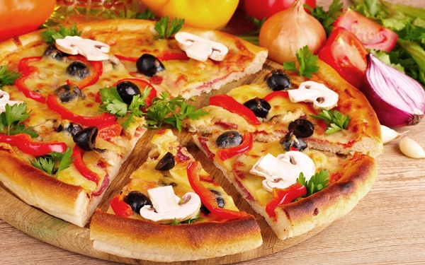 البيتزا بالمشروم