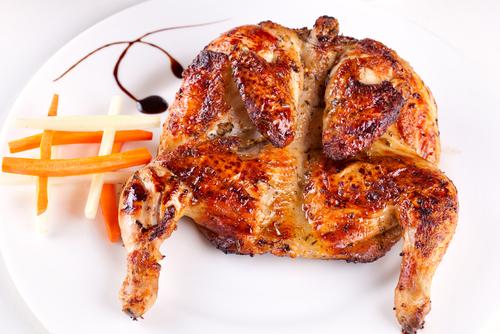 طريقة عمل الدجاج المشوي على الفحم