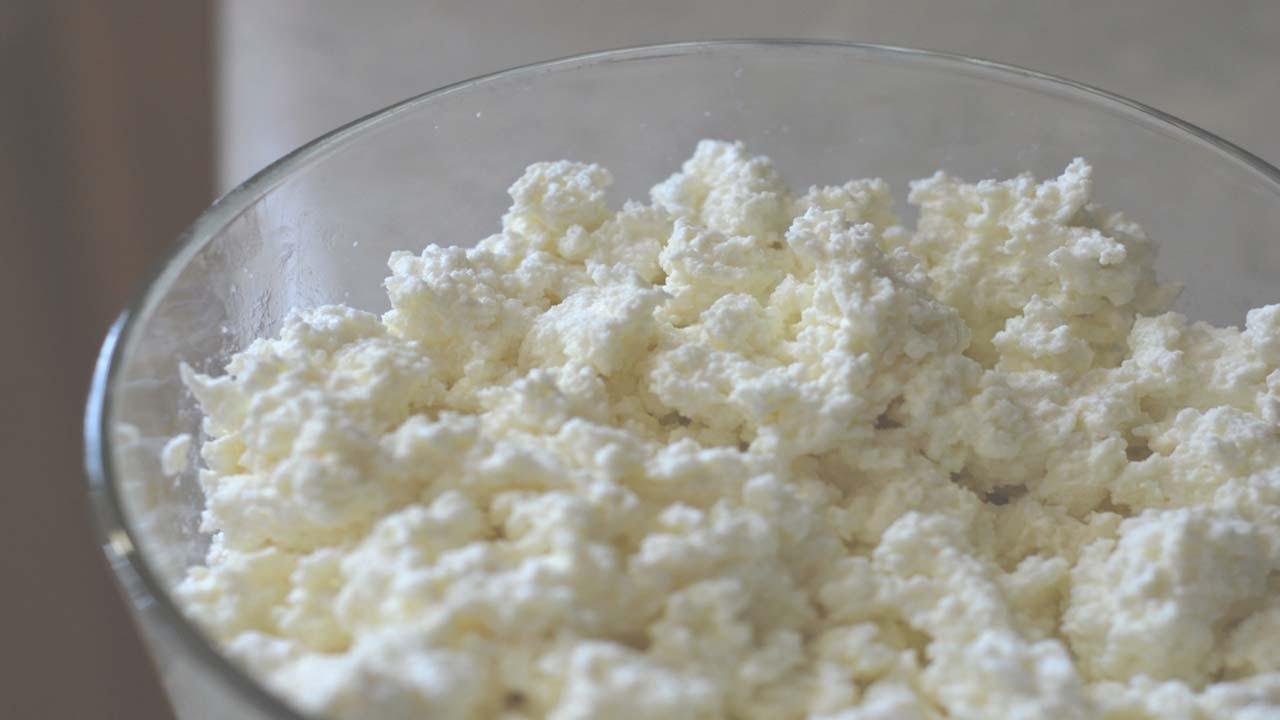 طريقة عمل الجبنة القريش فى المنزل - وصفات أكل عربيه