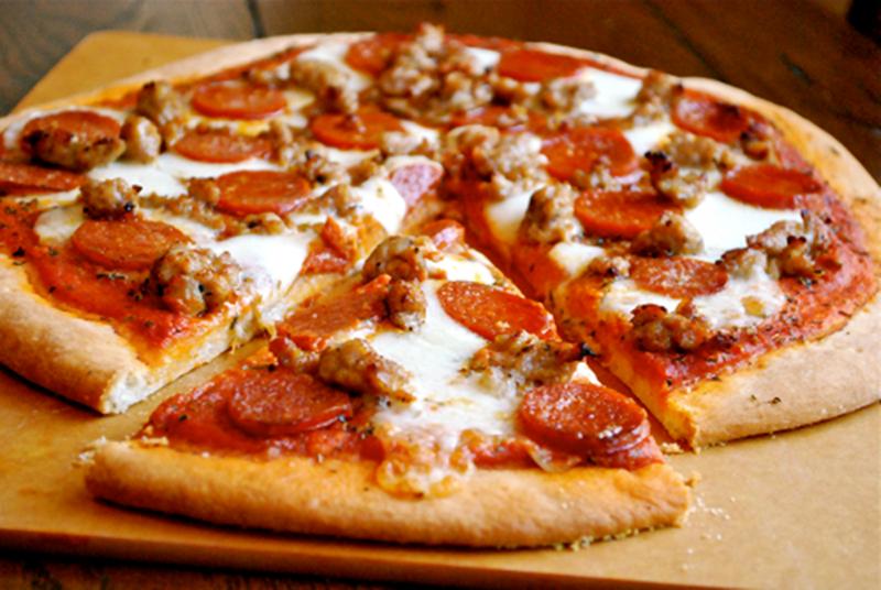 البيتزا بالطريقة الايطالية - وصفات أكل عربيه
