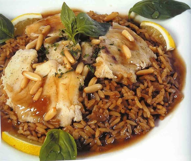 """طبق الأرز بالبصل البنى """"الصيادية"""" - وصفات أكل عربيه"""