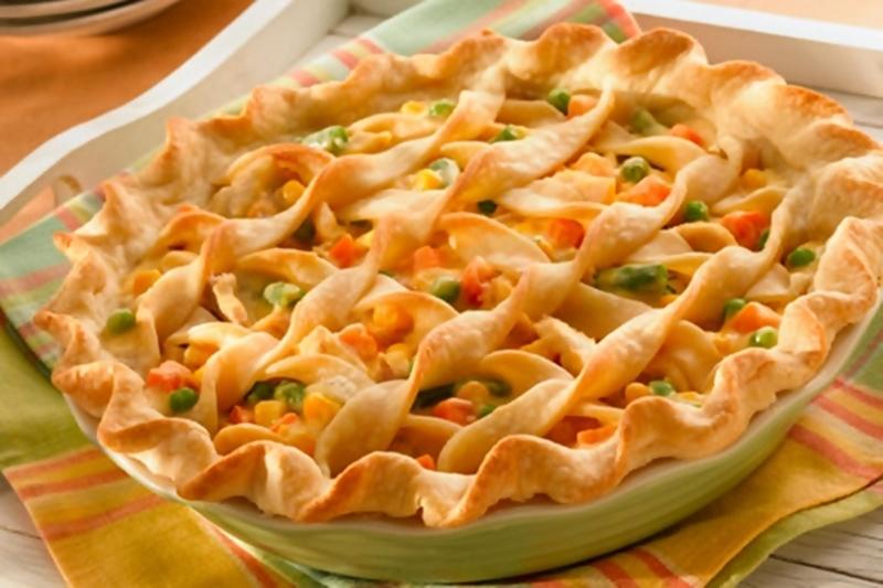 فطيرة دجاج بالكريمة والخضراوات - وصفات أكل عربيه
