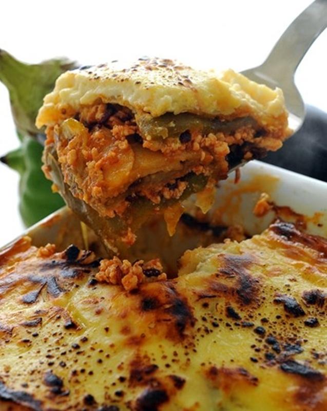 قالب مسقعة الدجاج بالبشاميل - وصفات أكل عربيه