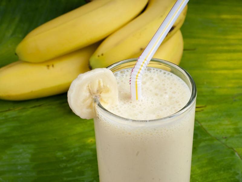 كاسات الآيس كريم بالموز والحليب - وصفات أكل عربيه