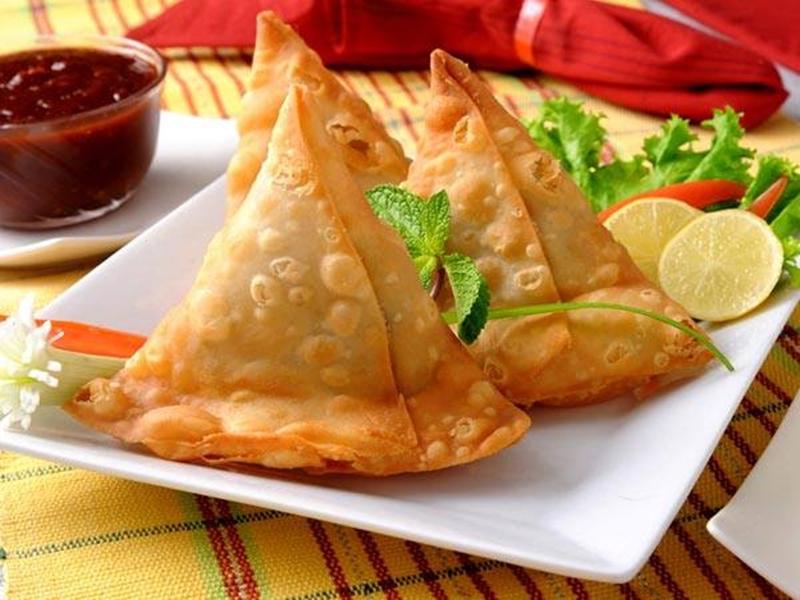 السمبوسة الشهية بالخضراوات والكارى - وصفات أكل عربيه