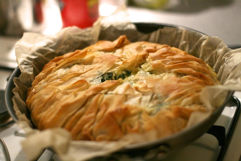 طريقة عمل فطائر الجبن الفيتا بالزعتر - وصفات أكل عربيه